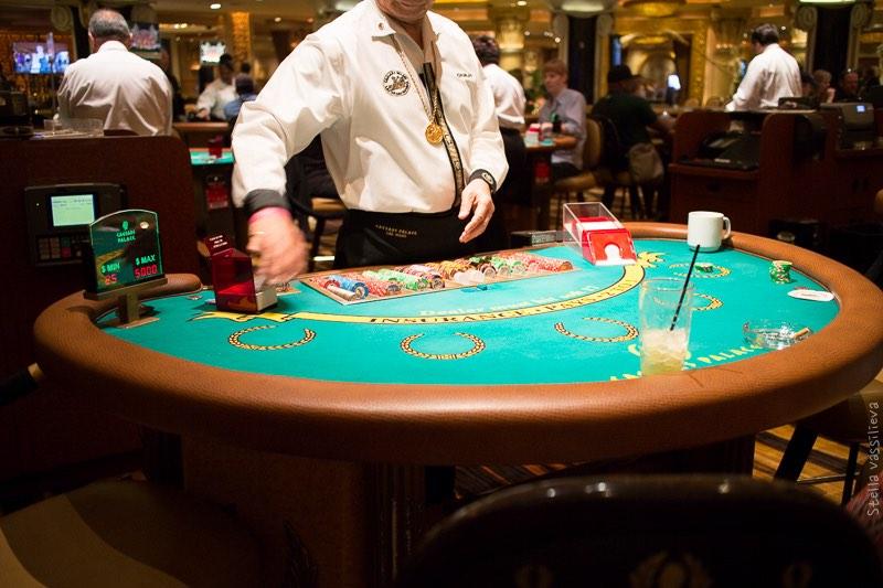 Дешевое бухло в казино бесплатные азартные игровые автоматы клубнички
